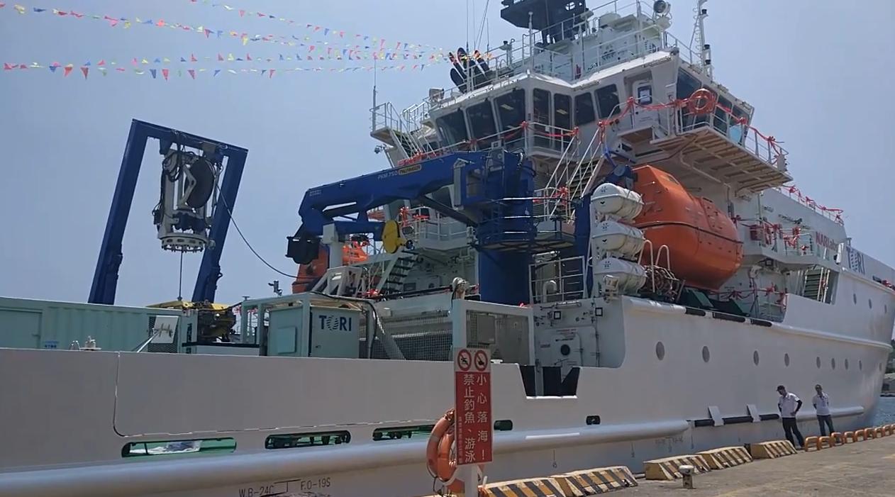 2014年海研5號在澎湖外海沉沒,科技部、行政院同年年底同意國家研究船能量重建計...