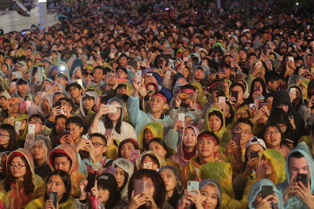 台北最High新年城2019跨年晚會,市府調查參加民眾多不是台北市民。圖/報系資...