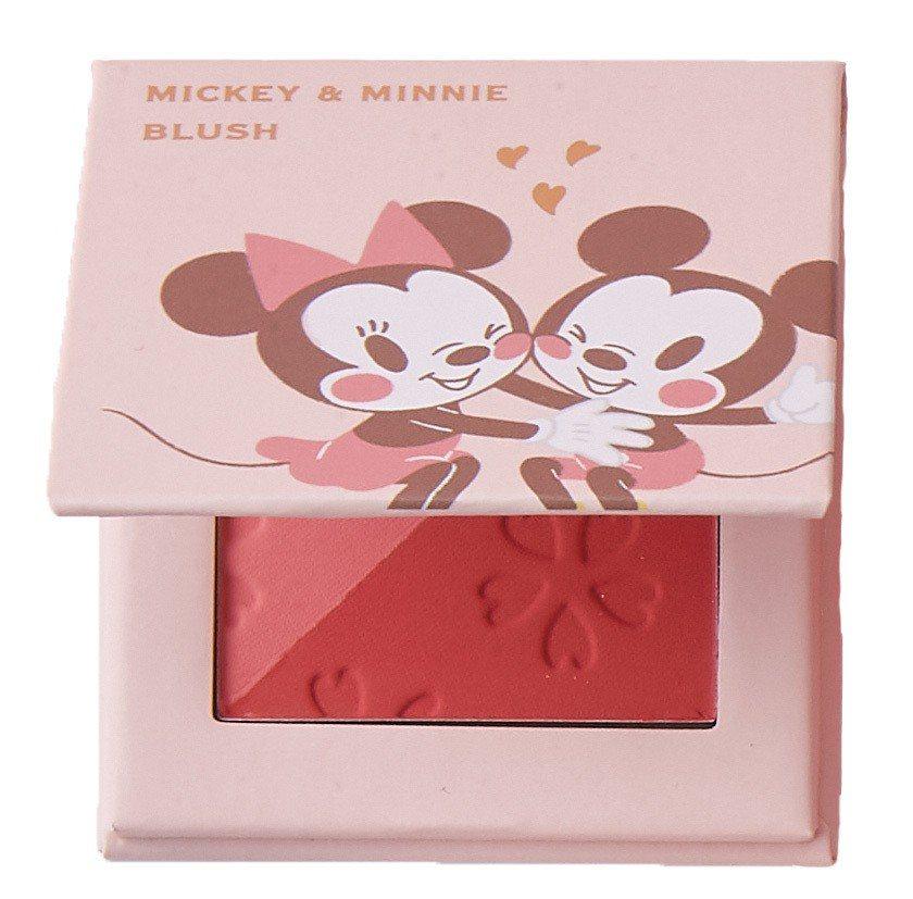 迪士尼櫻花系列彩妝5件組的雙色腮紅盤。圖/7-ELEVEN提供
