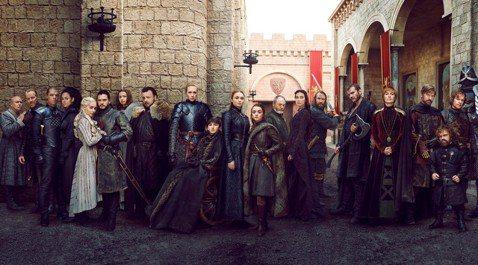 億萬影迷熱切期待的HBO「冰與火之歌:權力遊戲」最終季,只剩不到1個半月就要首播,全球各地都有宣傳造勢活動,粉絲早已等不及想先睹為快,早就未播先轟動。過去幾年在「冰」劇新一季播映前都會推出主題封面的...