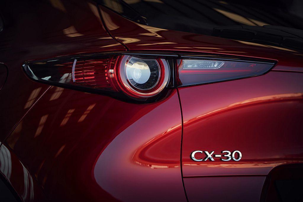 歐規Mazda CX-30全數搭載符合Euro 6d-TEMP規範的汽、柴油引擎...