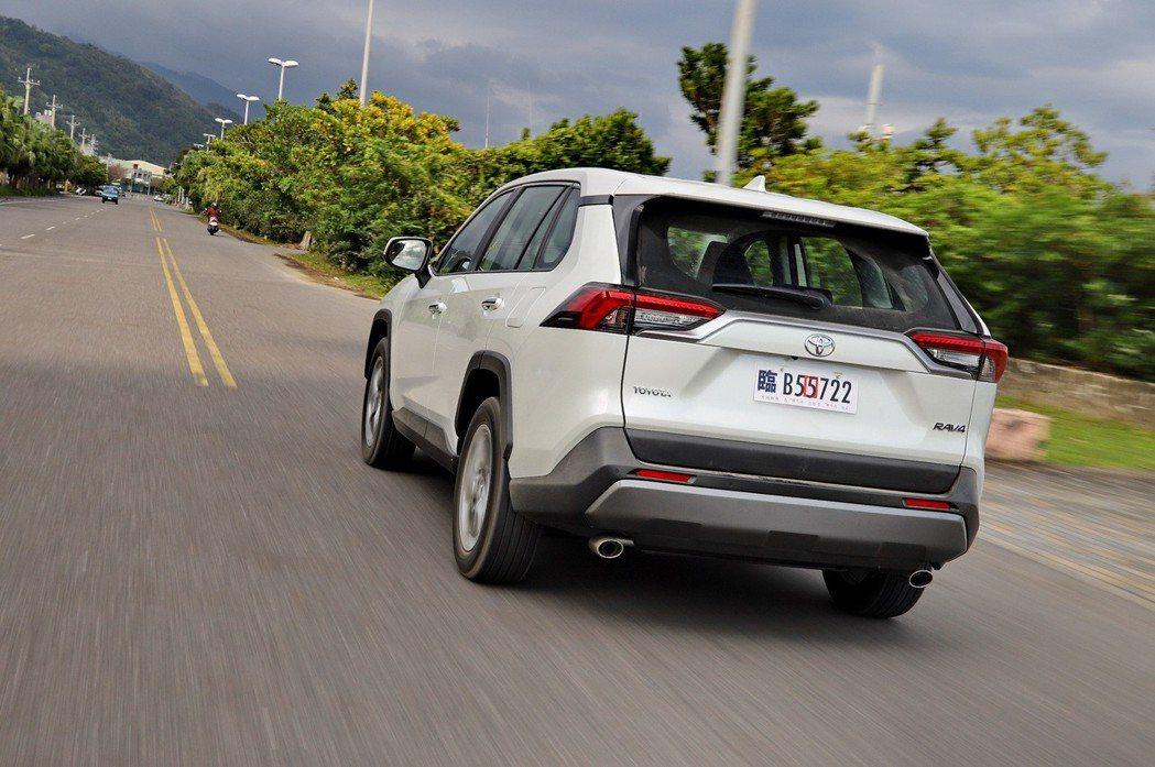 現在SUV當道,車身重,加上又滿載情況下,低速檔的運用更顯重要。 記者張振群/攝影