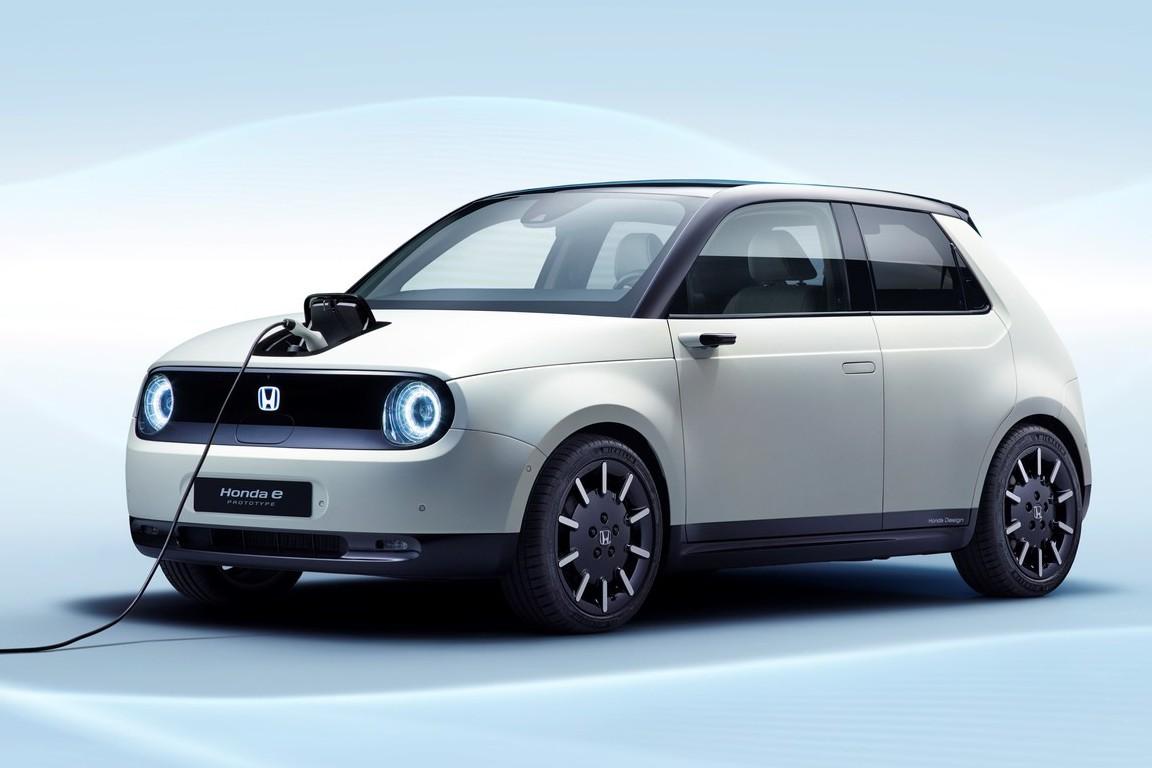 除了標配數位後視鏡 Honda e純電小車還有什麼特點?