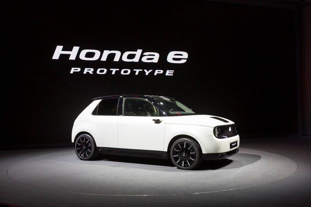 Honda e Prototype在今年三月的日內瓦車展上亮相。 摘自Honda