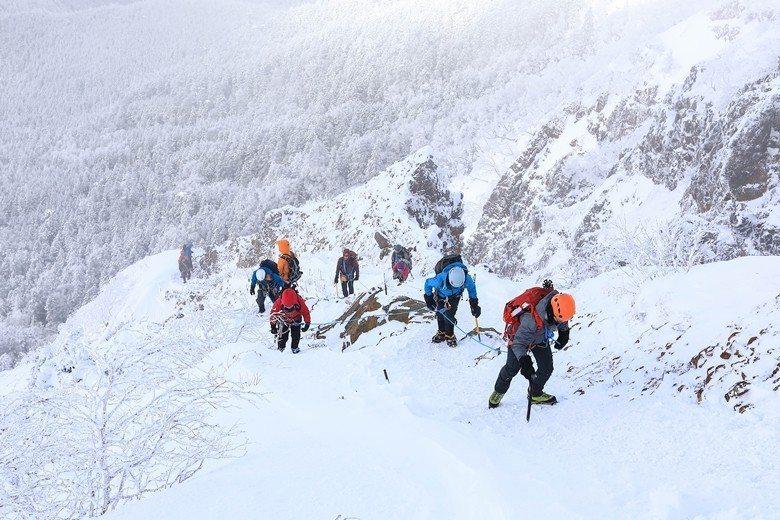 赤岳雪坡。 圖/雪羊提供