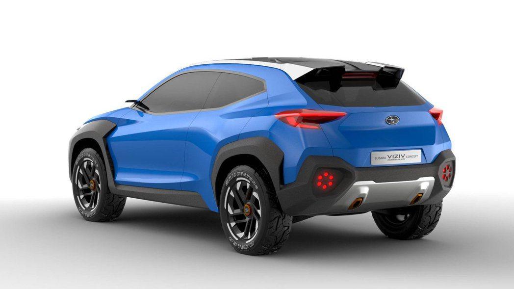 高聳車身、全地形輪胎、大面積防刮材質,讓Viziv Adrenaline Con...