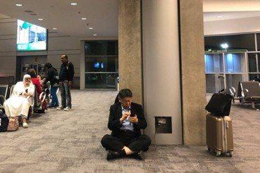 台北是不是設計之都?從柯文哲坐地上充電談起