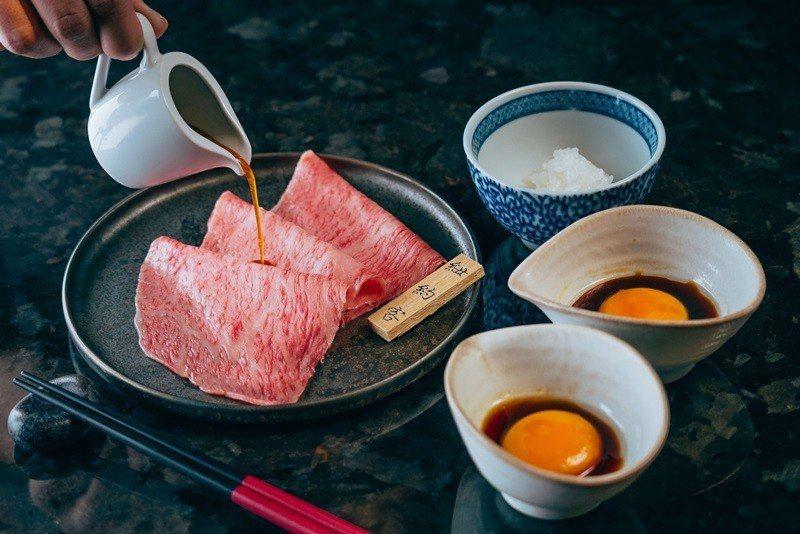 燒肉特選和牛 月見醬。