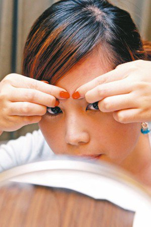 青春痘是常見的皮膚病。圖/報系資料照