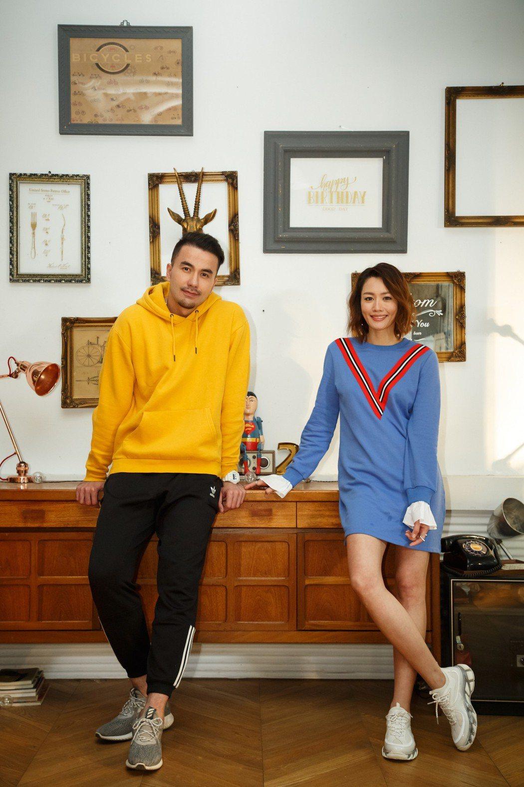 黃莉(右)坦承從16年前就成為黃志瑋的粉絲。圖/好舒服音樂提供