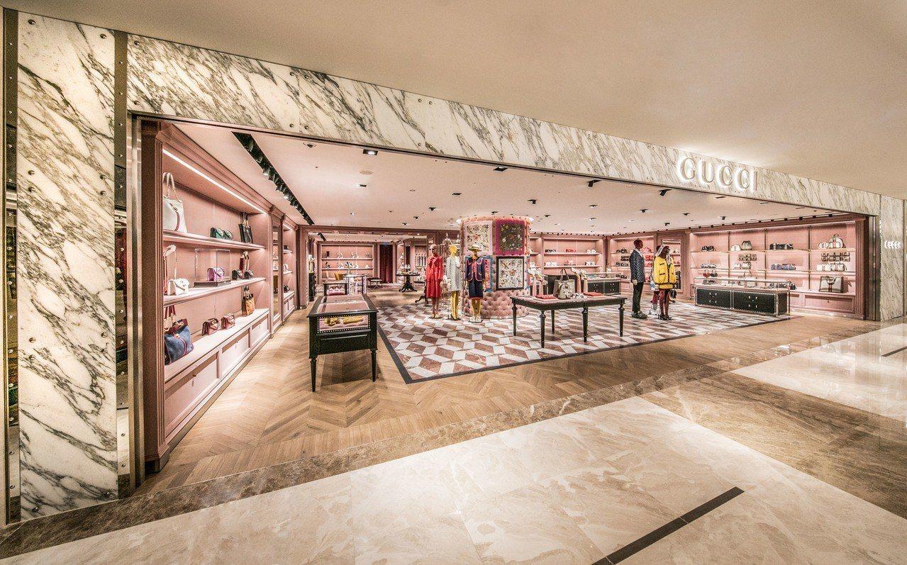 Gucci漢神百貨專門店是高雄第一家以創意總監Alessandro Michel...