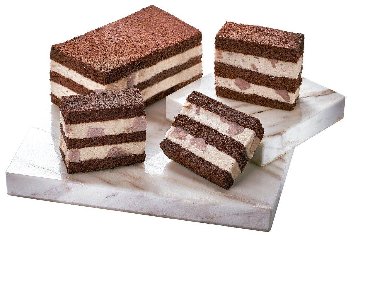 迷客夏法芙娜可可芋頭蛋糕,售價450元。圖/7-ELEVEN提供