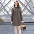 巴黎時裝周/LV大秀克羅伊摩蕾茲勇穿印花褲 艾瑪史東優雅現身
