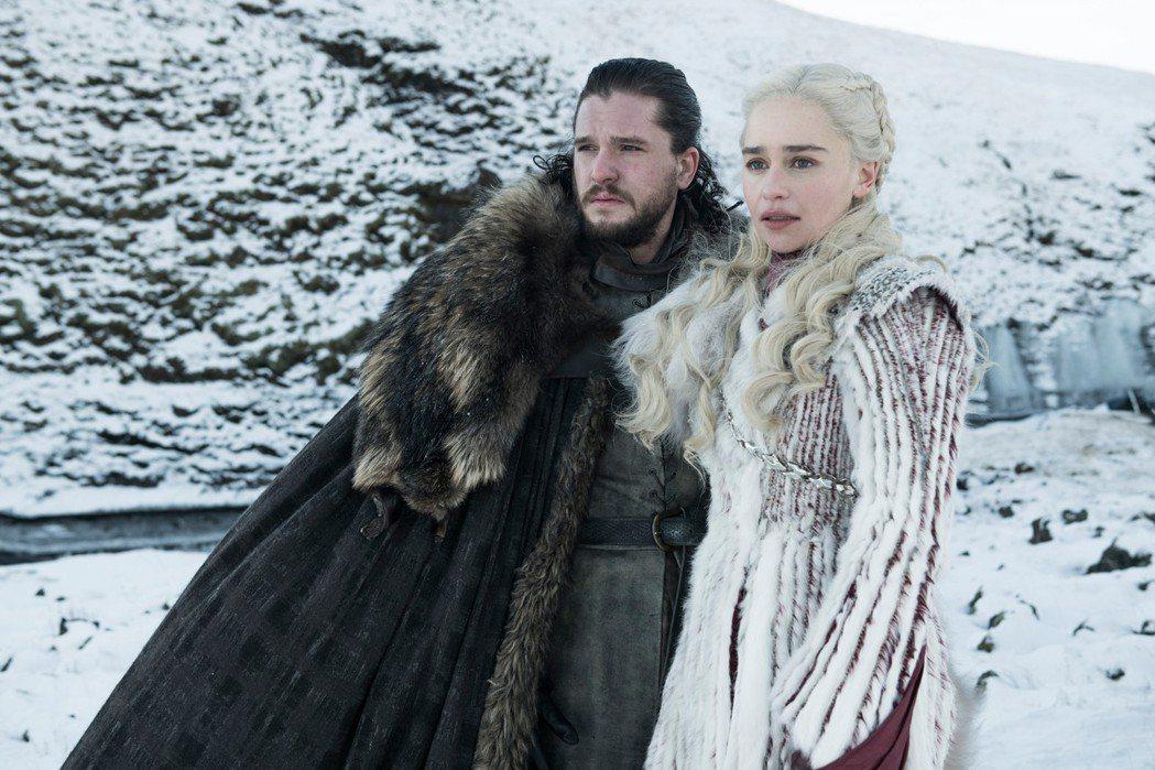 「冰與火之歌:權力遊戲」瓊恩雪諾和丹妮莉絲的結局讓粉絲高度關心。圖/HBO提供
