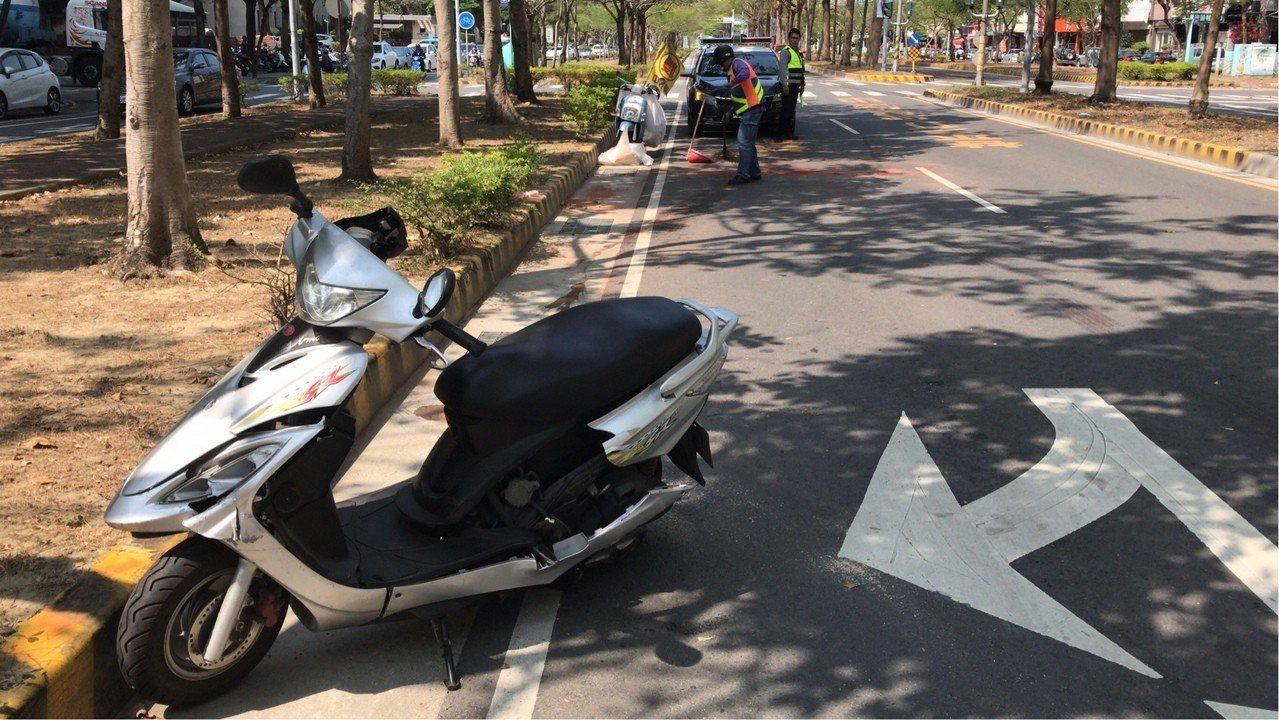 台南消防車與機車擦撞車禍,大學生不幸身亡。記者邵心杰/翻攝
