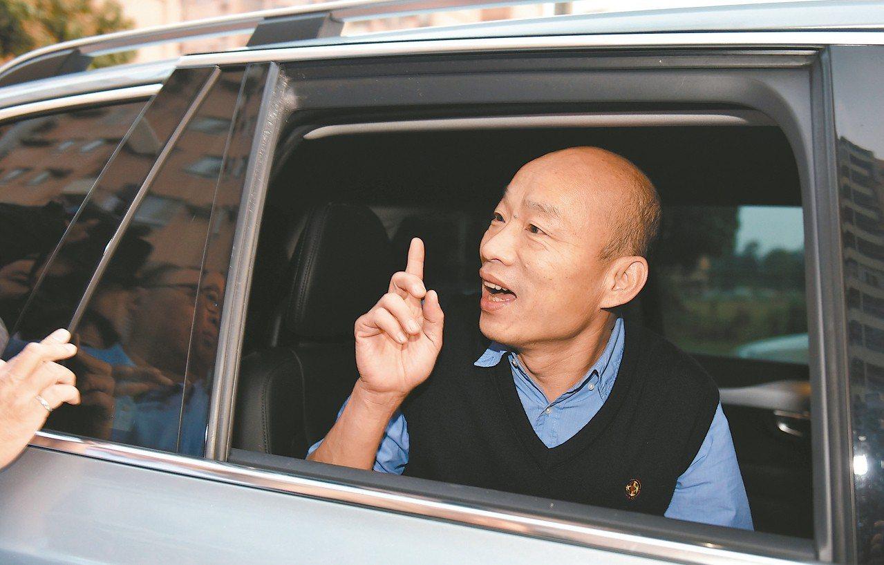 蔡正元認為韓國瑜走到氣勢最盛的時期,如果明年不選總統,將永遠沒有機會當總統。 記...