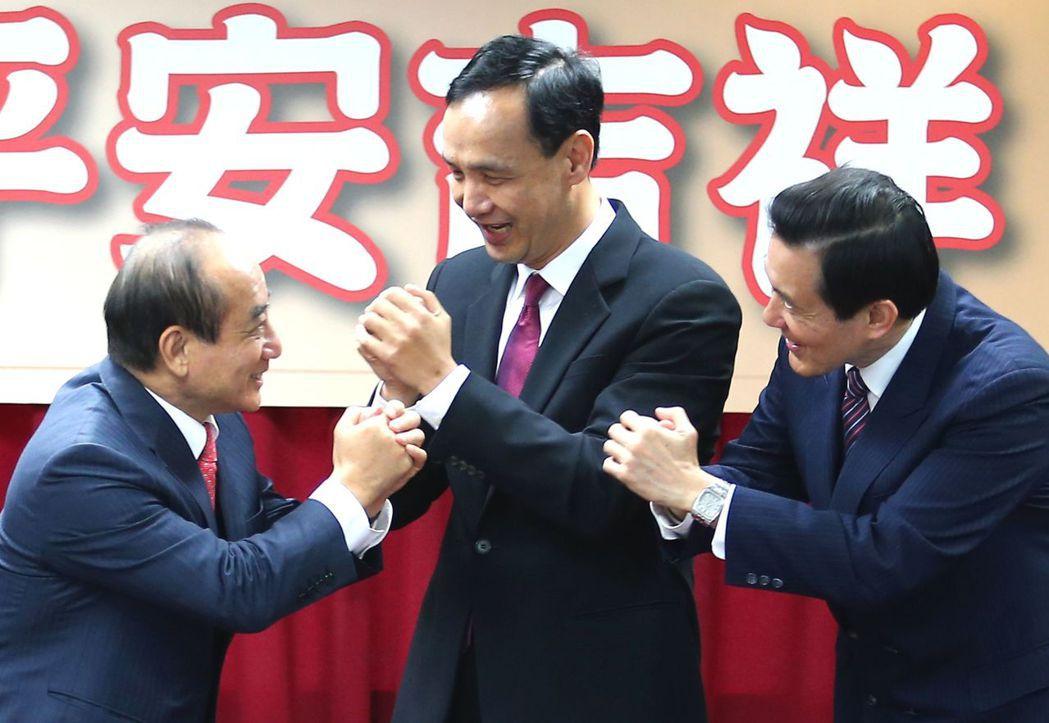 王金平(左)之前爆發「關說」疑雲,如今是否真的和馬英九(右)言歸於好、並取得支持...