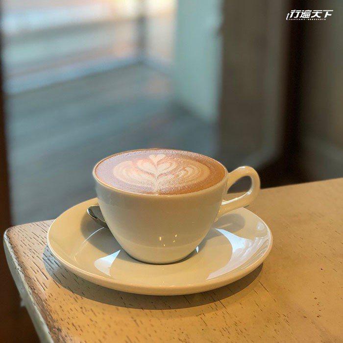 單點咖啡大約800円左右。