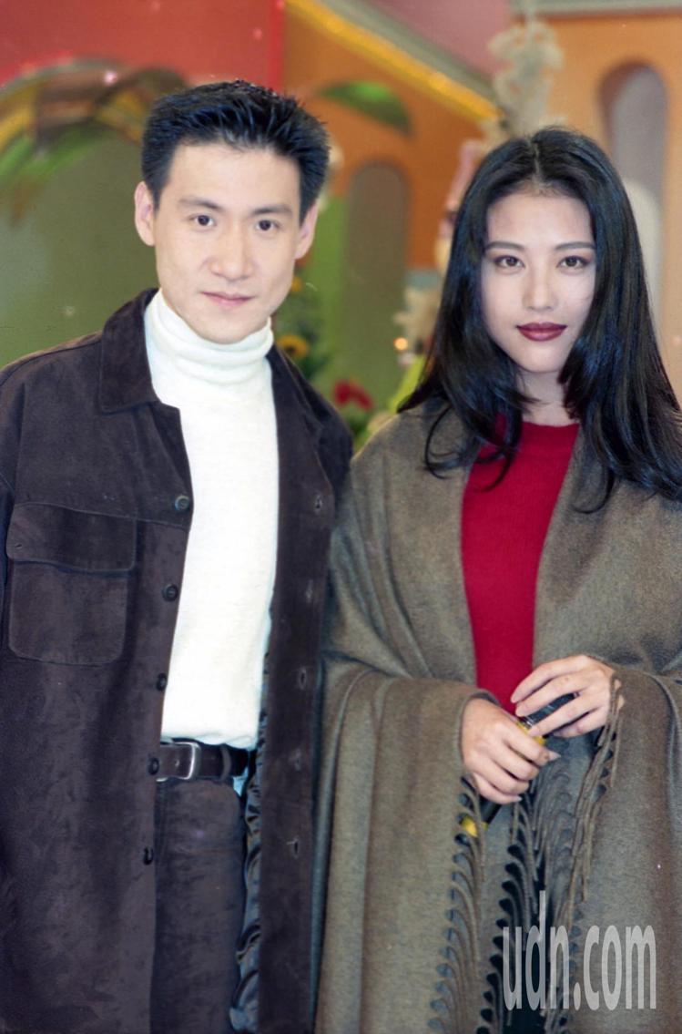 1993年張學友(左)、周海媚(右)共演「吻別」轟動台港。圖/聯合報系資料照