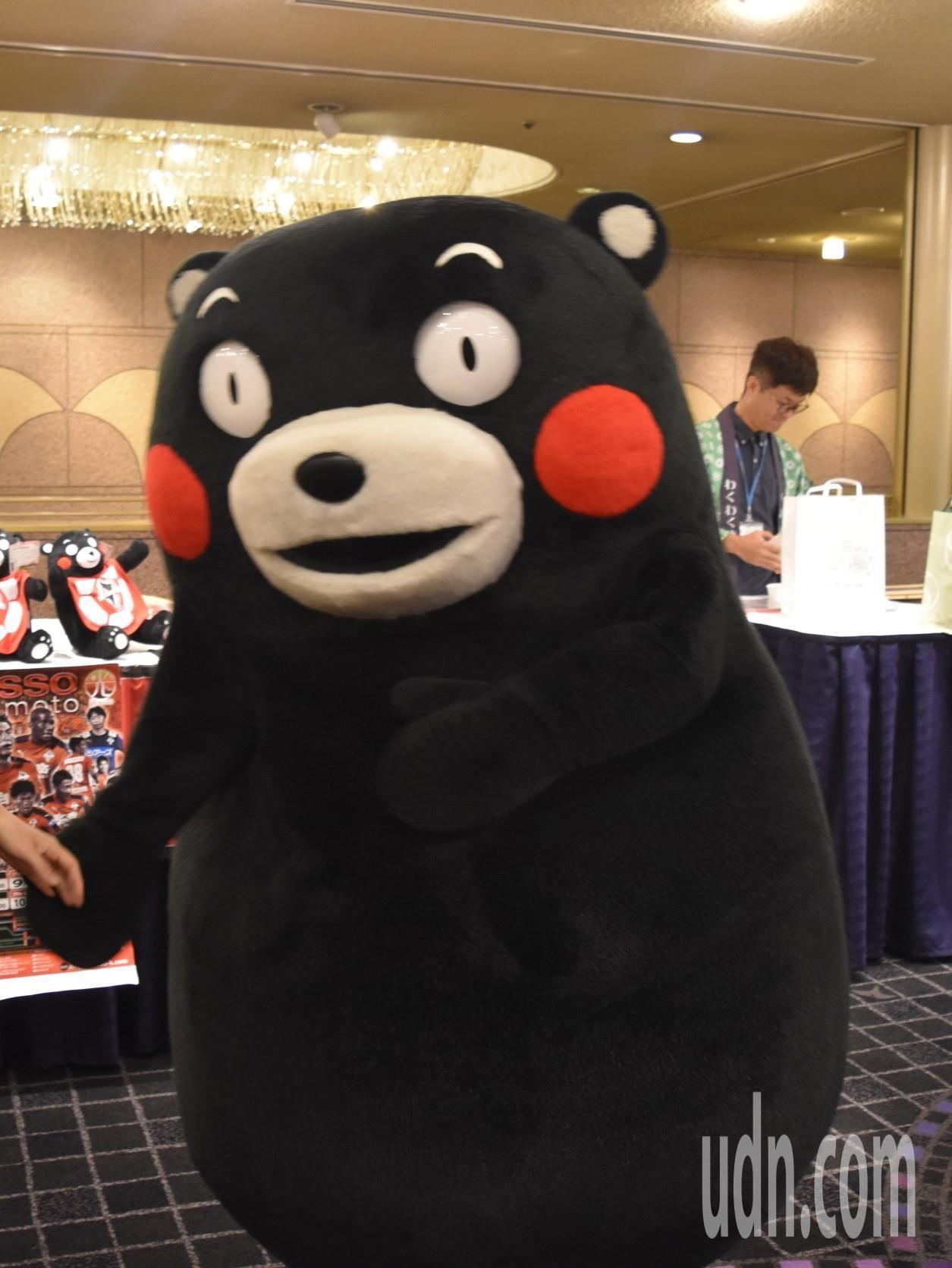 去年創下1500億日圓營業額的日本熊本縣吉祥物「酷MA萌」將重新正名為「熊本熊」...