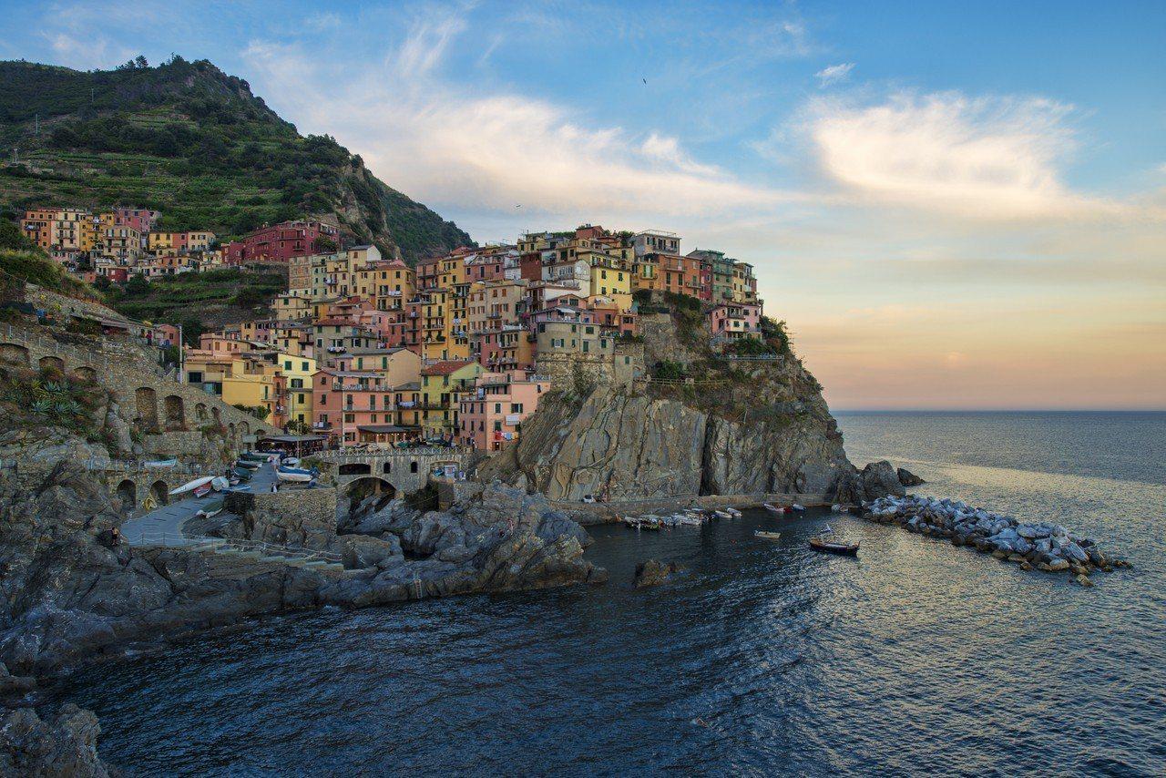 義大利五鄉地風景如畫。取自維基百科
