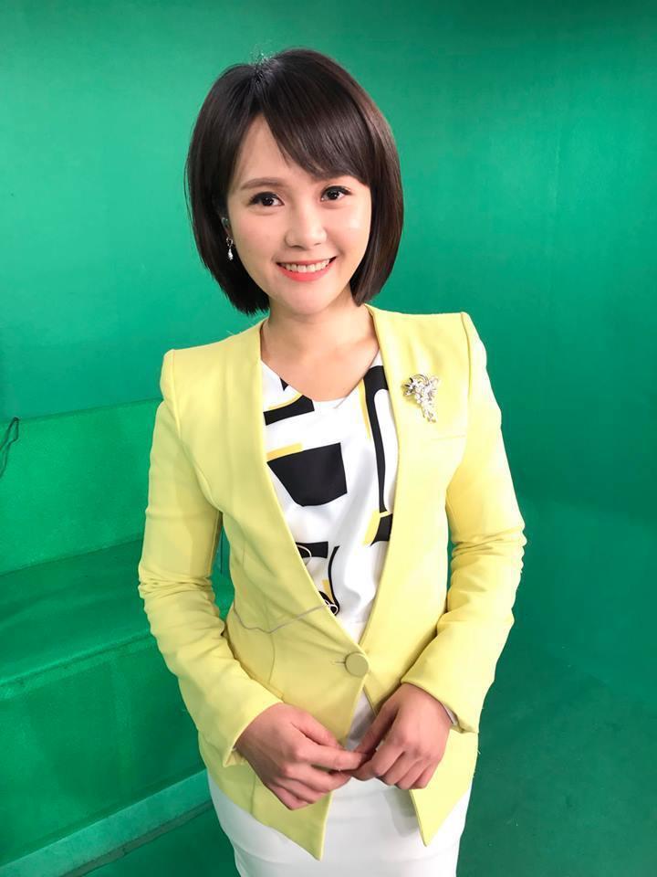 台視主播吳怡萱外型清麗可愛。圖/摘自臉書