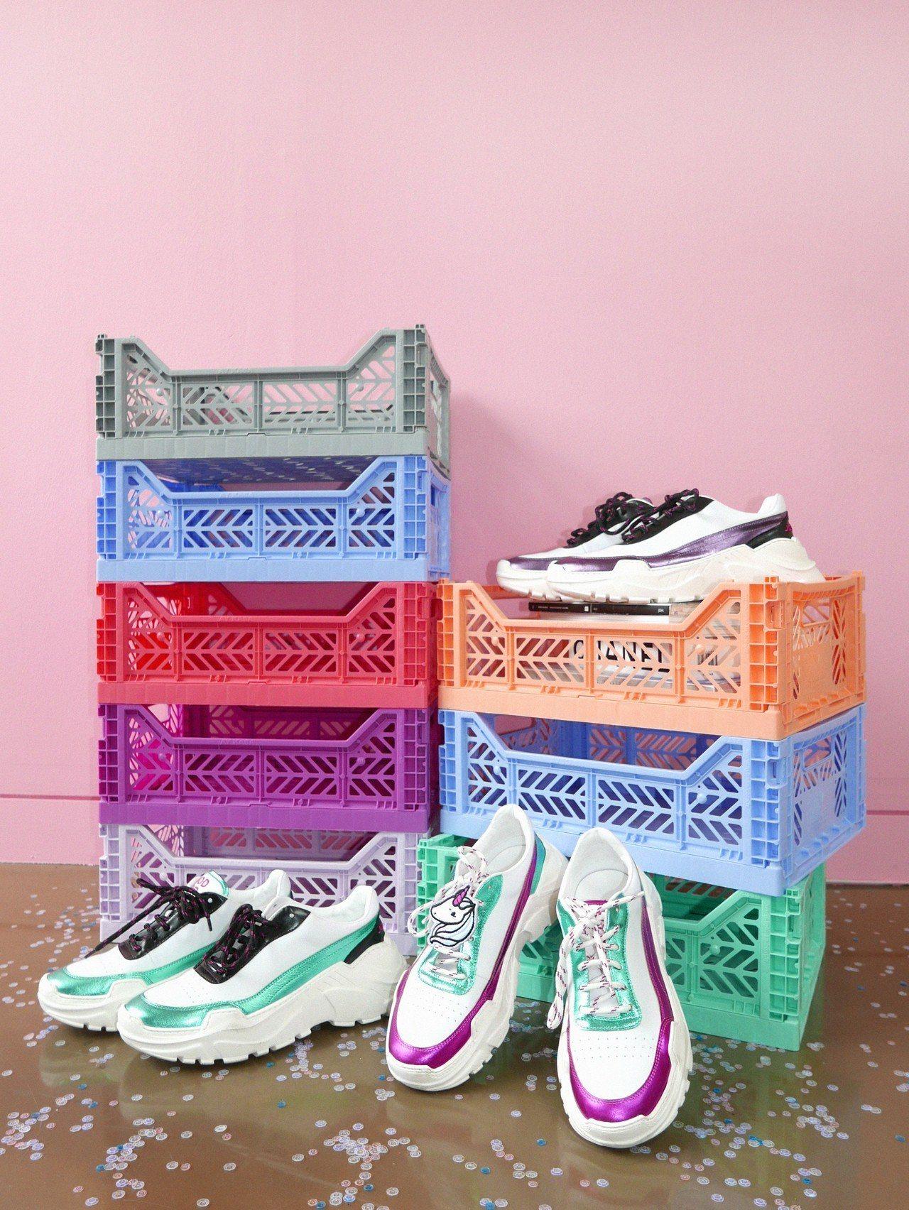 Ireneisgood x Joshuas 聯名系列鞋款,各14,980元。圖/...
