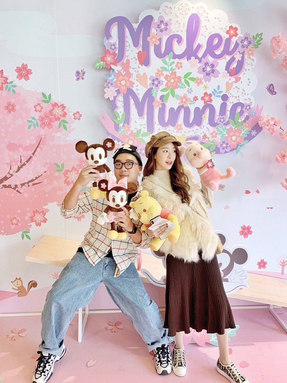 新光三越台北南西三館1樓推出「迪士尼櫻花季期間限定店」。圖/新光三越提供