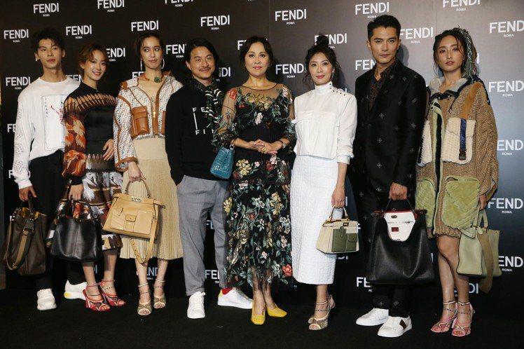 FENDI即日起將在台北101舉辦Peekaboo包款十周年展覽,邀請眾星站台。...