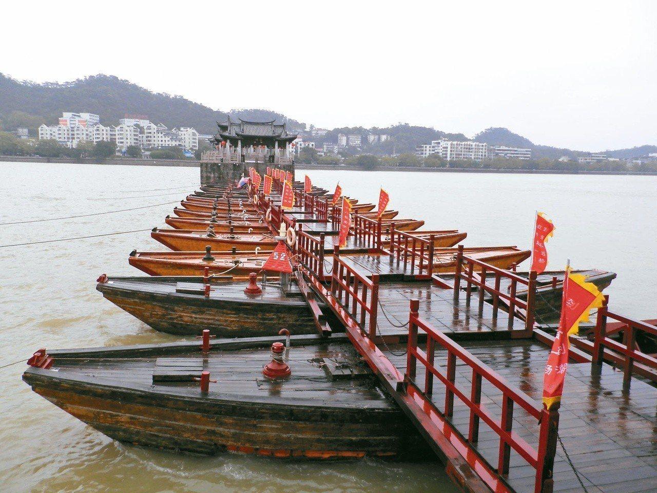 湘子橋又稱廣濟橋。