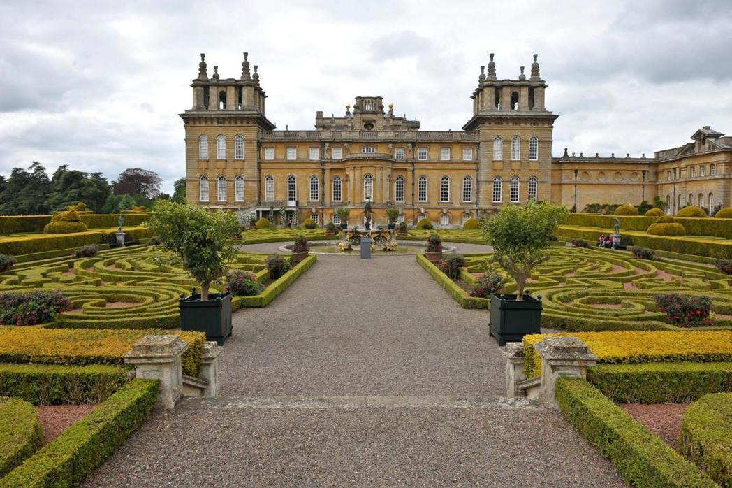 布倫海姆宮出土的文件揭露安妮女王的花費。圖╱摘自泰晤士報網站