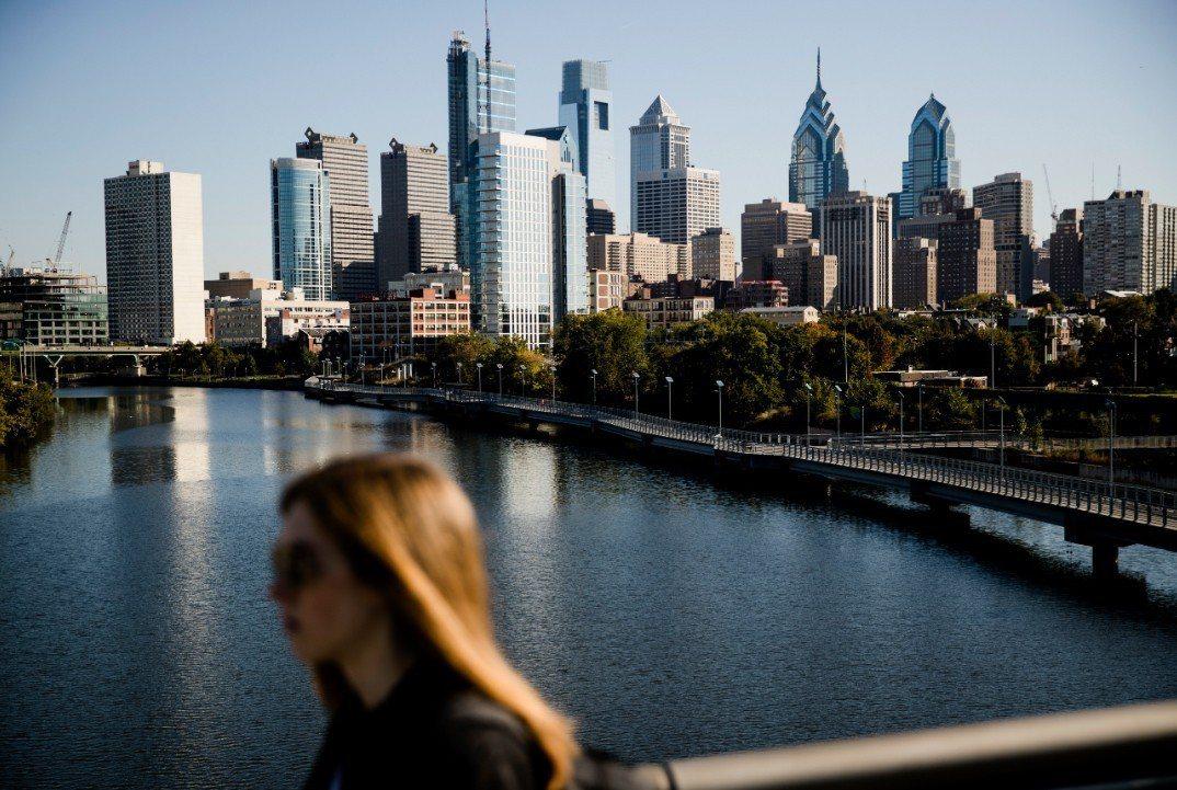 費城市成為美國第一個禁止無現金商店的大城。 美聯社