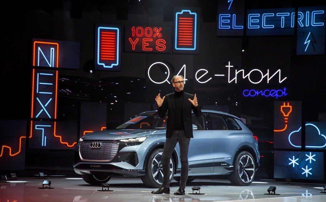 隨著Audi Q4 e-tron Concept的發表,也讓我們預覽了全新Q4的...