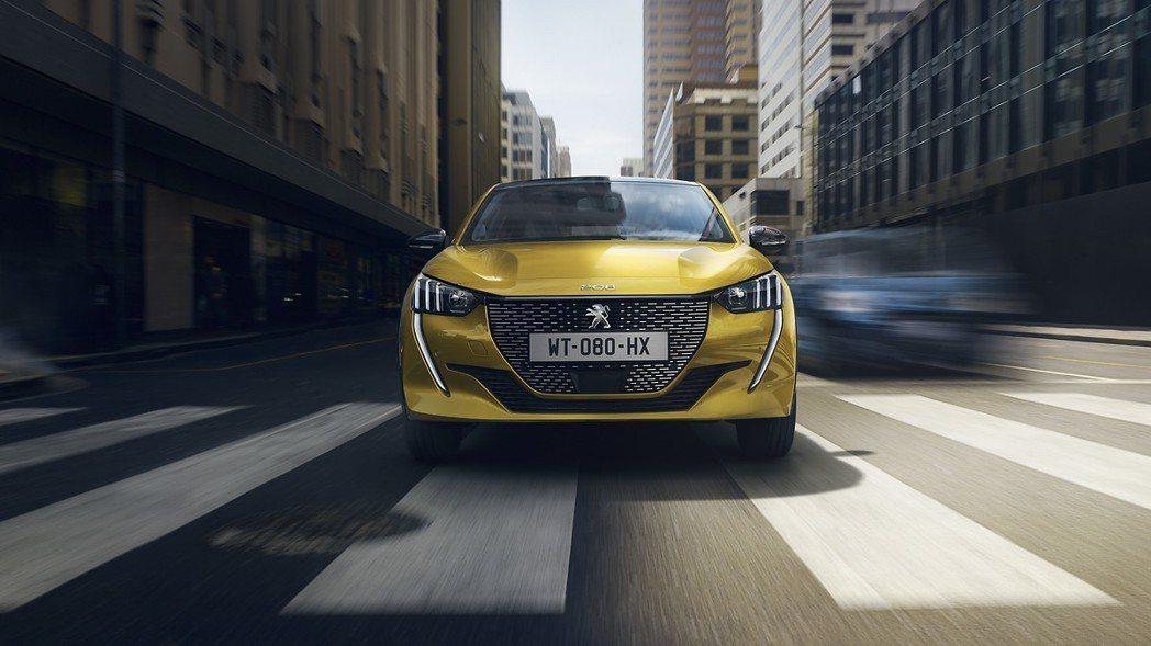 新世代Peugeot 208除了提供純電動力外,另外還有四種汽油動力與一種柴油動...