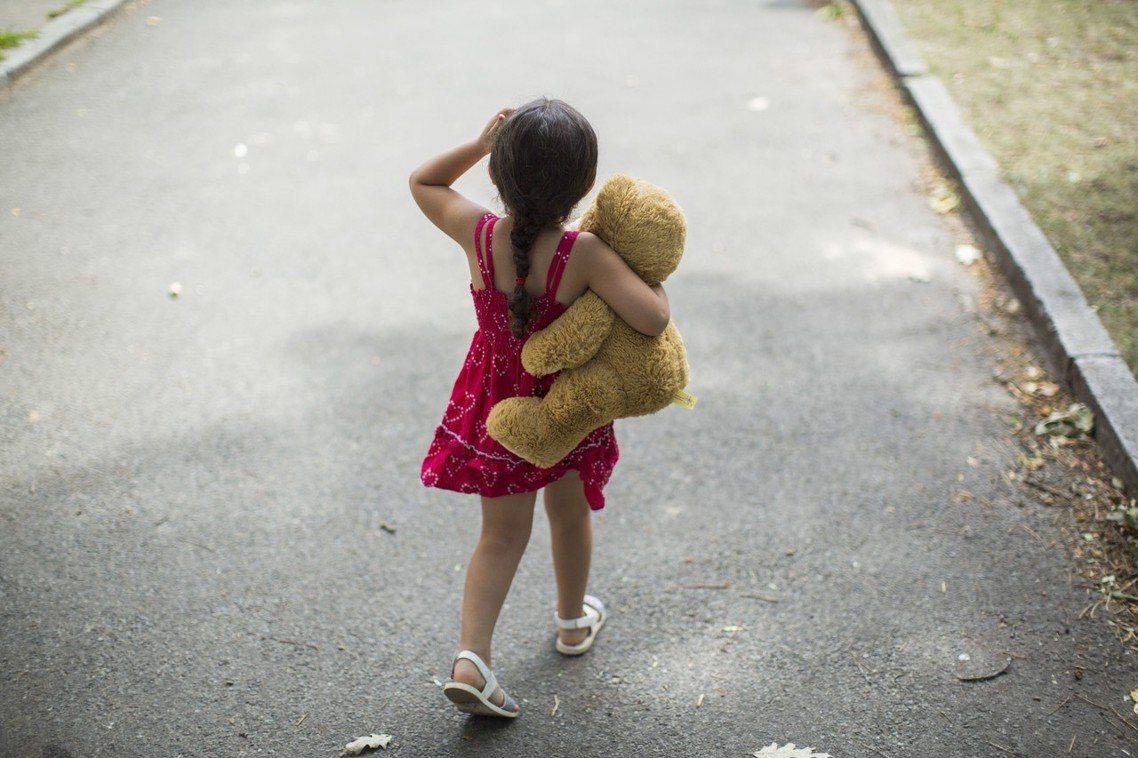 「黑暗網路」是否應該禁用?警方要怎麼打擊兒童色情犯罪,又不侵犯網路隱私?示意圖。...