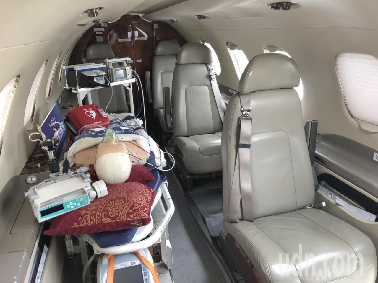 台灣首架進駐金門的醫療專機。本報資料照片