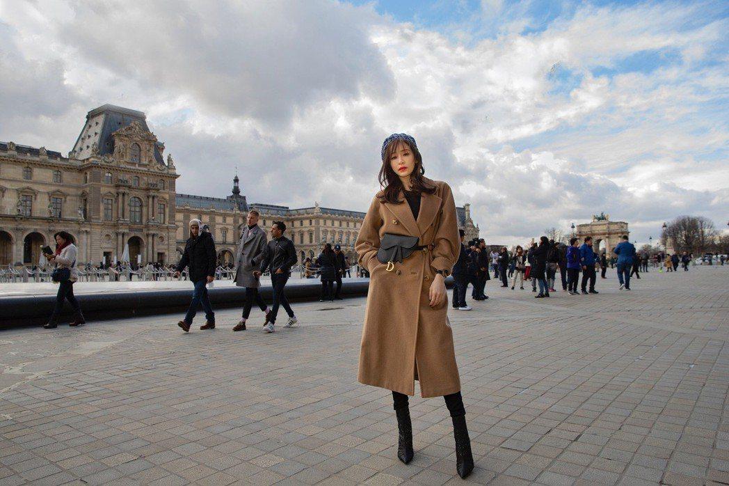 王心凌參加巴黎時裝周。圖/天晴音樂提供