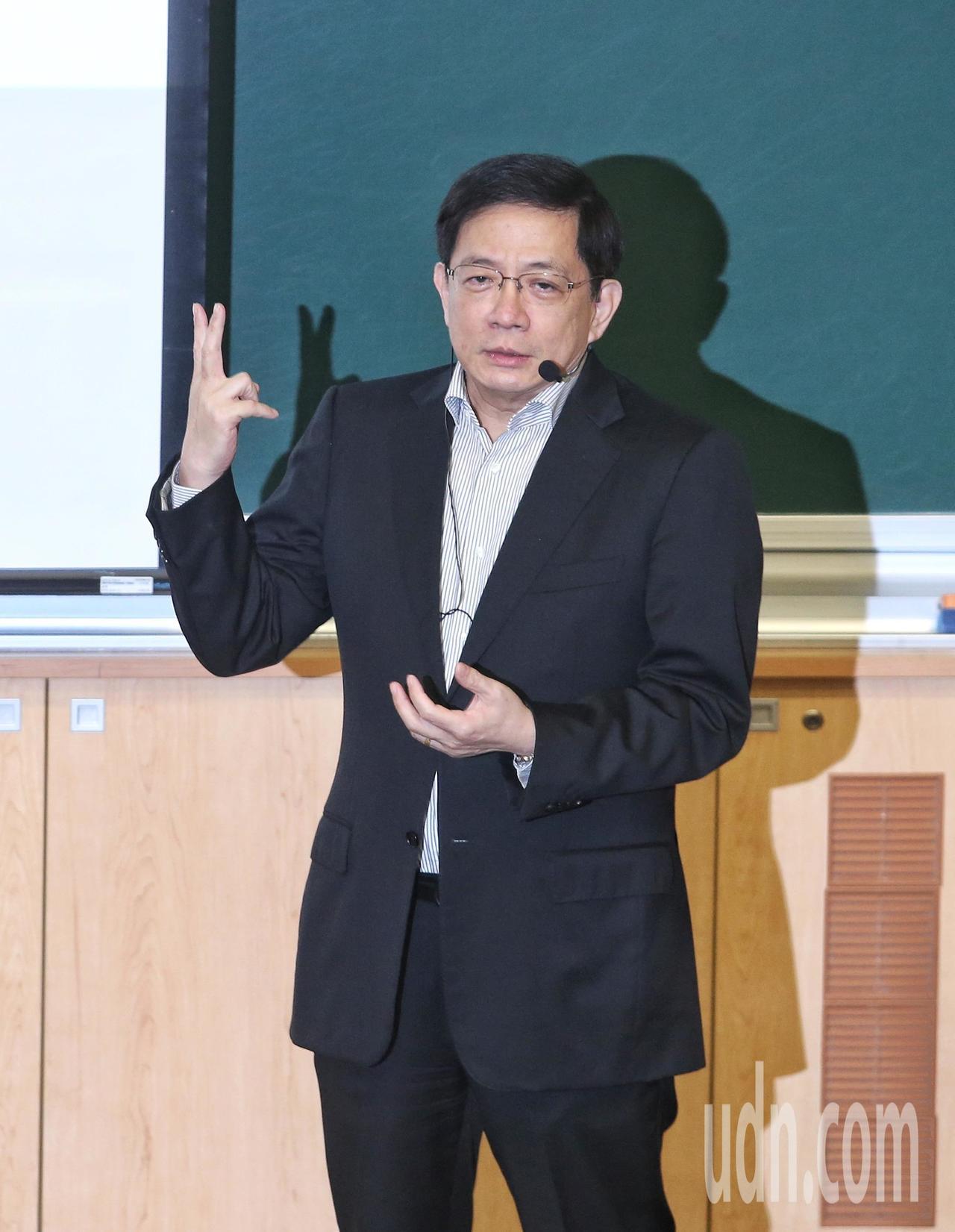 台大校長管中閔在台大開講。記者鄭清元/攝影