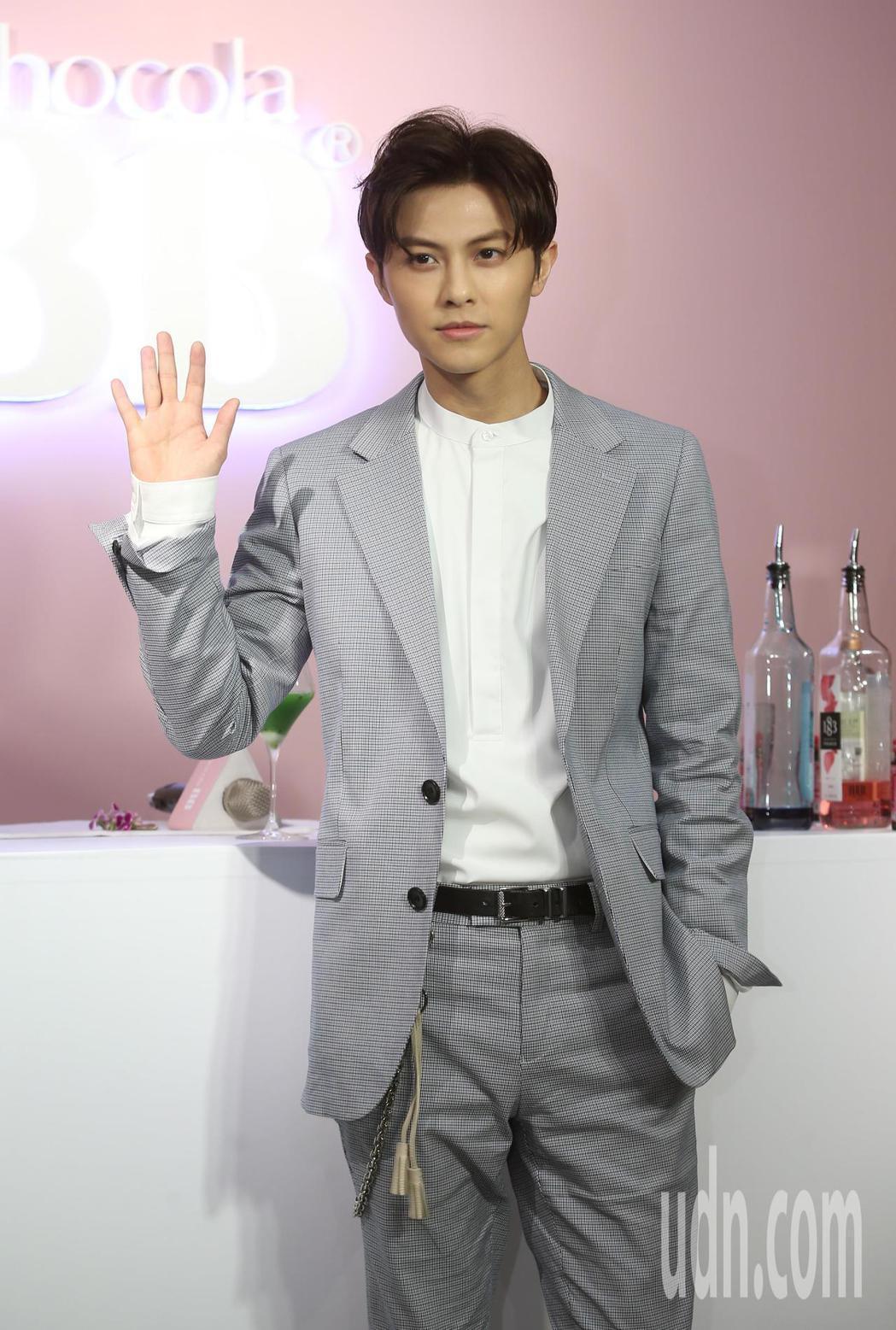 王子邱勝翊下午出席Chocola BB 美妍特調活動。記者曾吉松/攝影