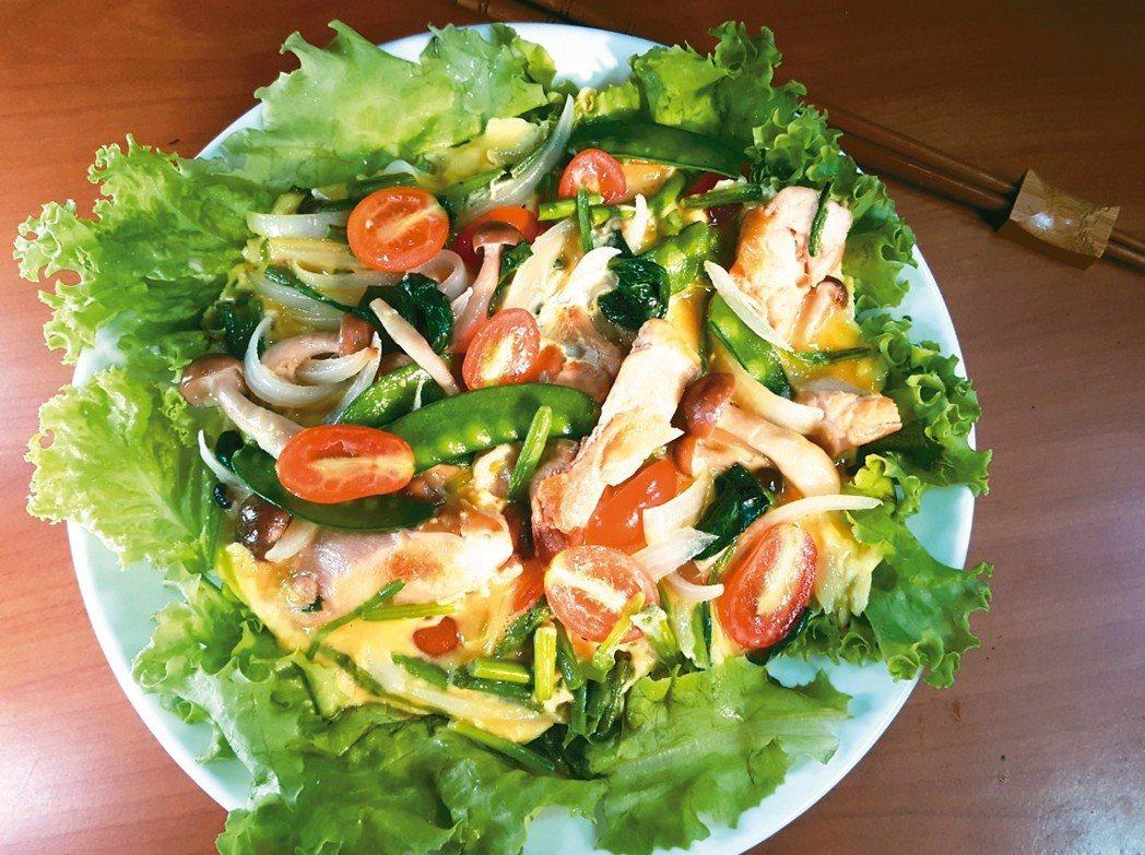 綠蔬香煎雞肉歐姆蛋