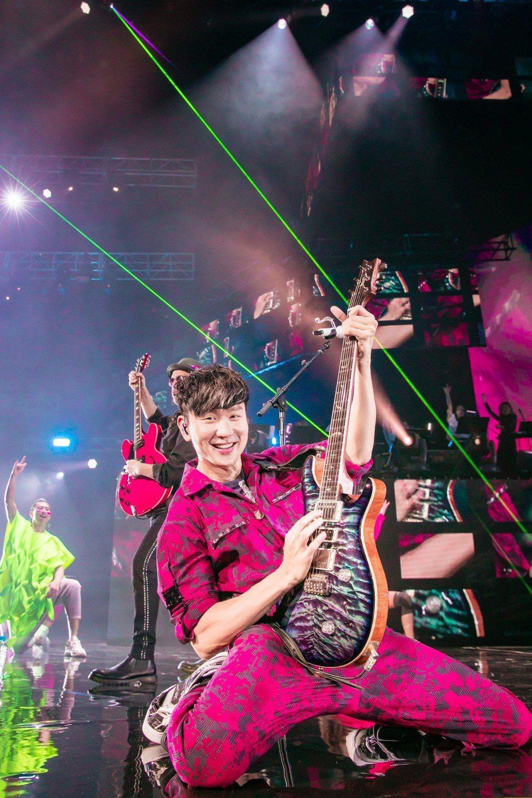 林俊傑的舞台魅力十足。圖/JFJ Productions提供