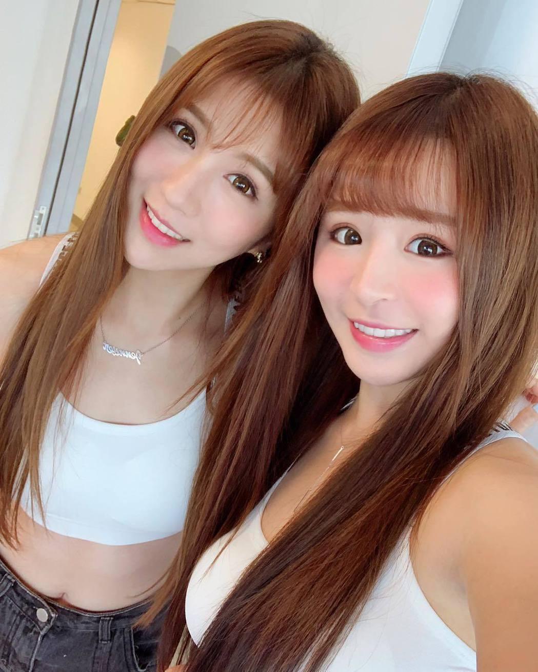 潘映竹(左)與元元(右)。圖/擷自IG