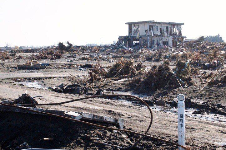 海嘯過後消失的家園。圖/攝影師Jun Teramoto