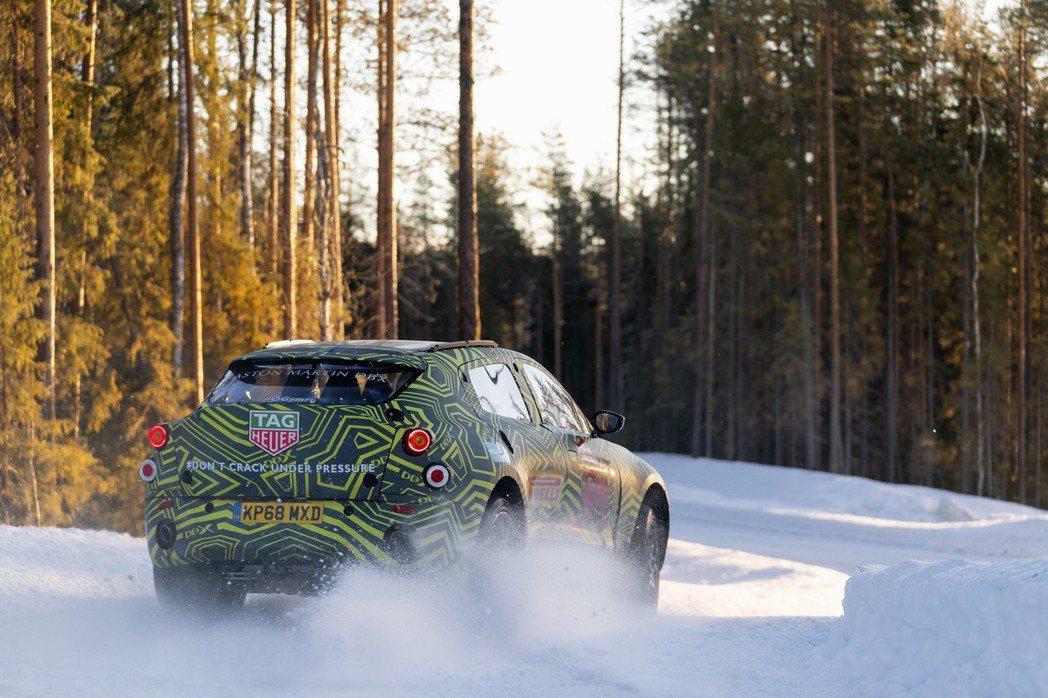 Aston Martin DBX。 圖/Aston Martin提供