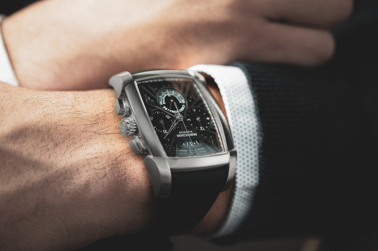帕瑪強尼Kalpa雙追針計時碼表,鈦金屬表殼,通過瑞士天文台認證,65小時動力儲...