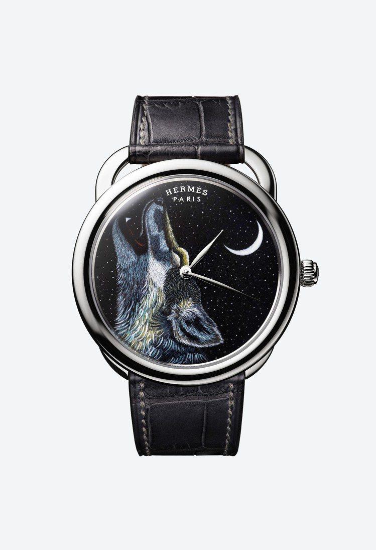 Arceau Awooooo琺瑯工藝腕表,經過連續的上色工序,包括反覆多次乾燥和...