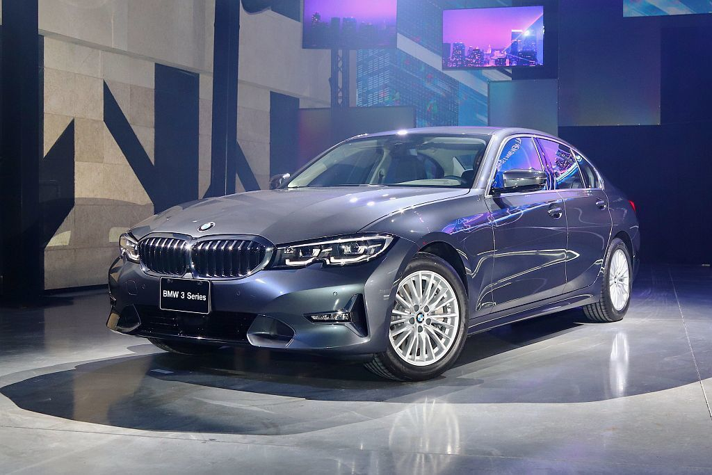 BMW 330i Luxury。 記者張振群/攝影