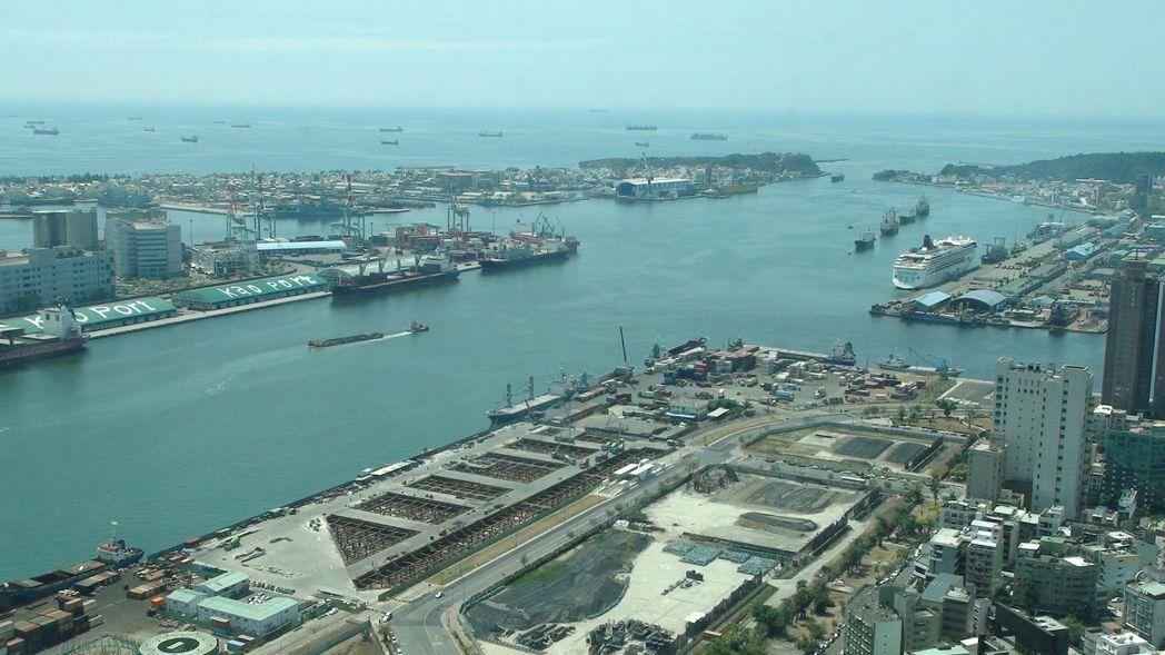當年自由經濟示範區第一波「六海一空」預定地,高雄港是其中之一。 圖/聯合報系資料...