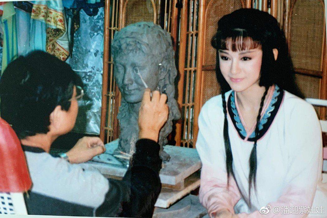 潘迎紫當年在中視拍戲時,有專心為她塑造蠟像。 圖/擷自潘迎紫微博
