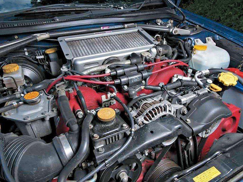 EJ22引擎只專屬於Impreza 22B STI所用。 摘自Yahoo.jp